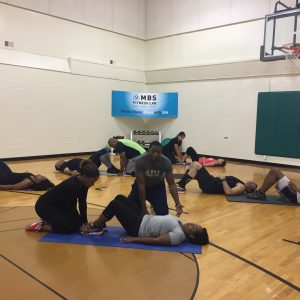 2 person Situps with personal trainers